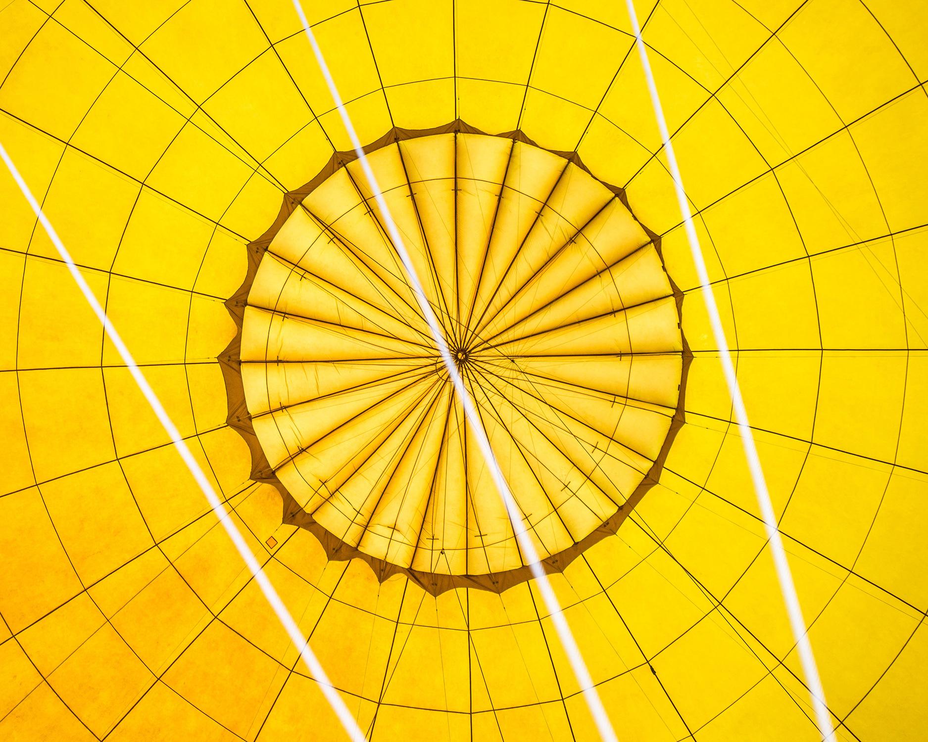 El Libro Amarillo Tendencias de Color Primavera 2021 Amarillo techo de lona amarilla