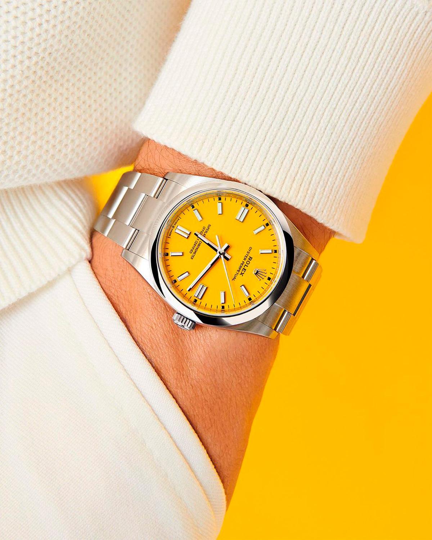 El Libro Amarillo Tendencias de Color Primavera 2021 Amarillo reloj rolex amarillo