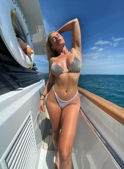 Kayla B lit, Sexy Personal Trainer