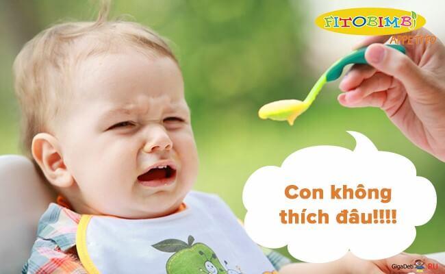 Kết cấu thức ăn không phù hợp cũng là nguyên nhân khiến bé biếng ăn
