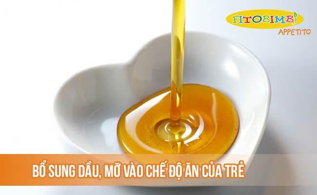 Bổ sung thêm dầu mỡ vào chế độ ăn của trẻ suy dinh dưỡng
