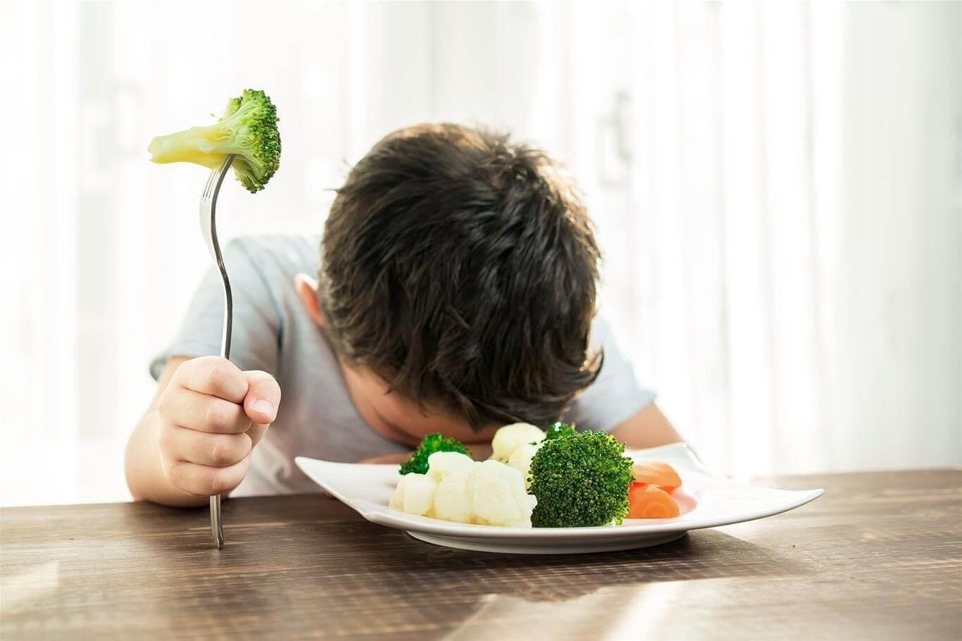 trẻ không ăn rau phải làm sao