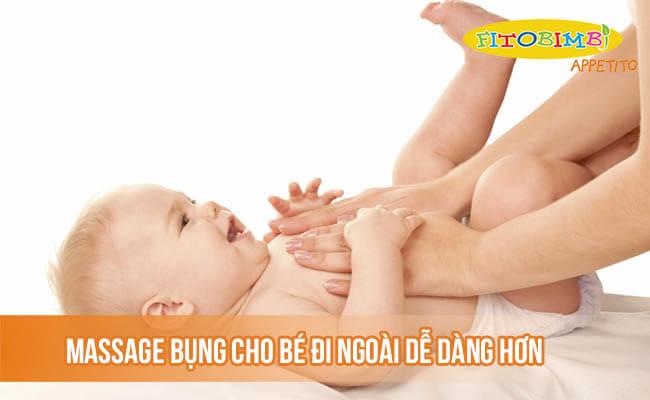 Massage bụng cho bé đi ngoài dễ dàng hơn