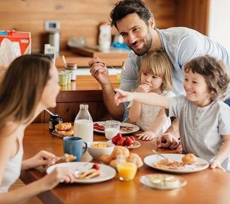 Xây dựng thói quen ăn sáng cho cả gia đình