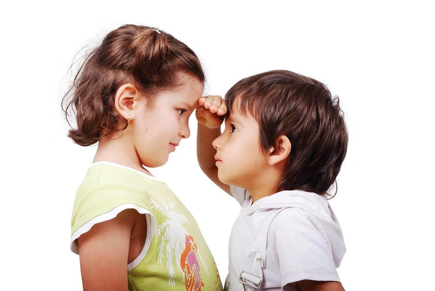 Trẻ 3 tuổi chỉ uống sữa sẽ thấp bé và gầy còm hơn bạn bè
