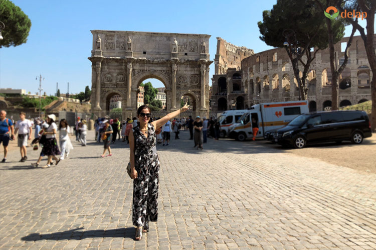 Cổng vào Đấu trường La Mã