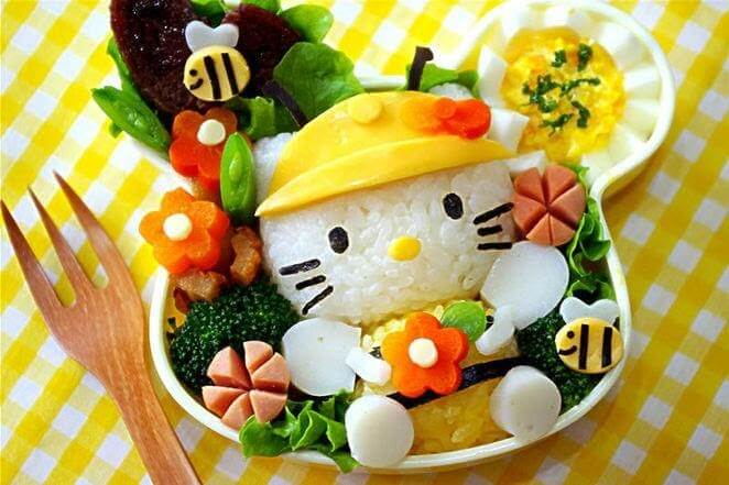 Trị dứt điểm biếng ăn cho trẻ bằng cách chế biến, trang trí món ăn nhiều màu sắc