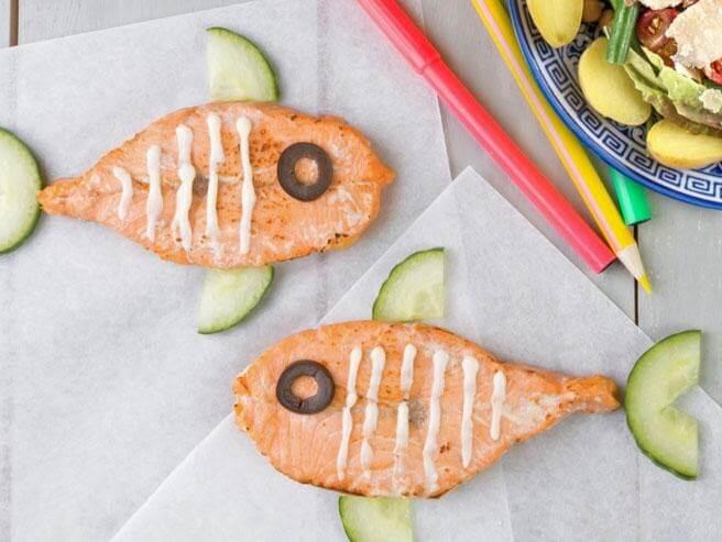 Cá hồi là nguồn protein và DHA bổ dưỡng cho trẻ