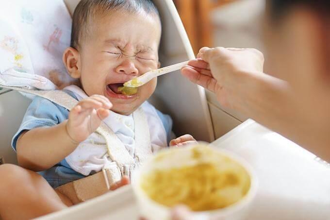 cách chăm sóc trẻ 1 tuổi biếng ăn