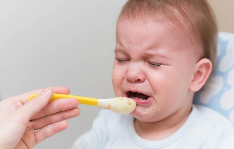 trị biếng ăn cho trẻ dưới 1 tuổi