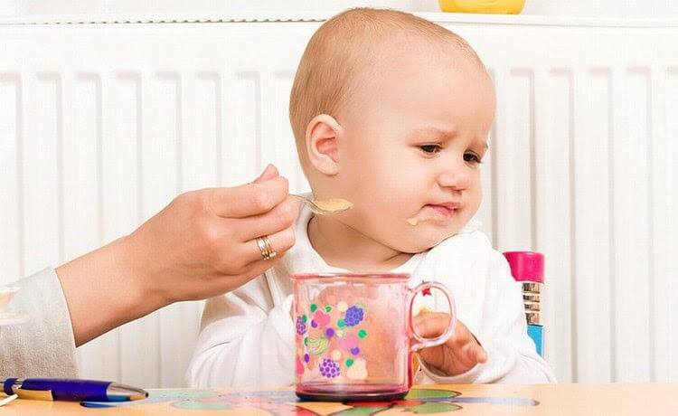 Nếu để lâu trẻ có thể bị suy dinh dưỡng