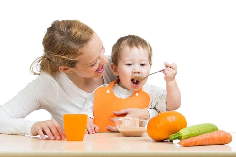 Cách trị bé 10 tháng lười ăn cháo