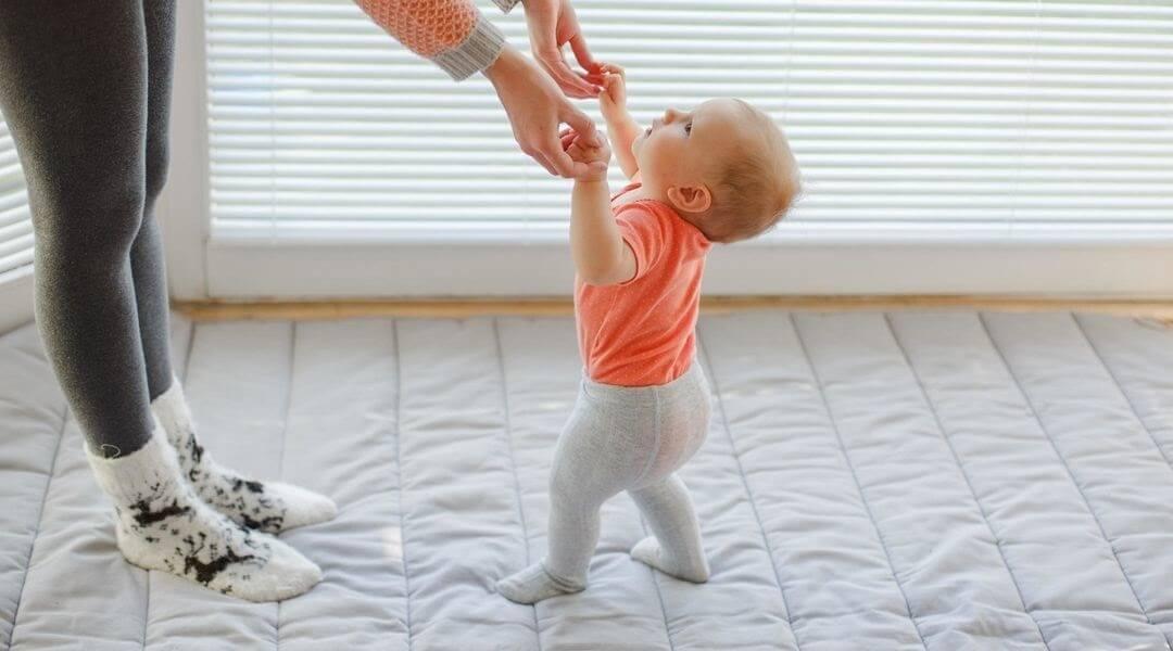Bước vào giai đoạn tập đi bé cũng có thể lười ăn