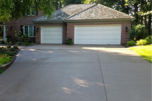 Before Residential Driveway Pressure Washing Service