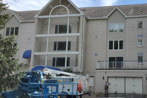Exterior apartment Cleaning Services