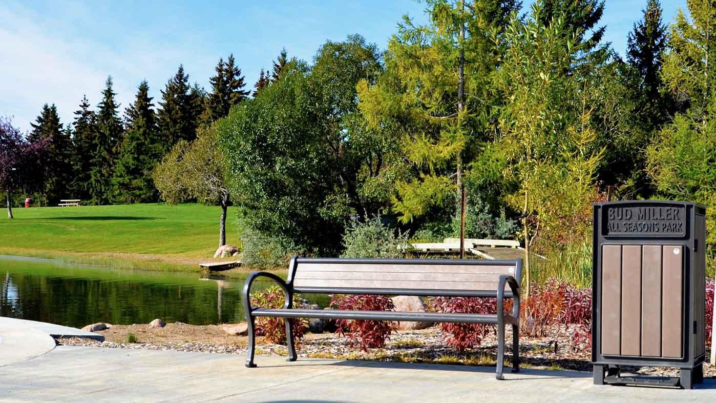 Park-N-Play-Design-Site-Furnishings