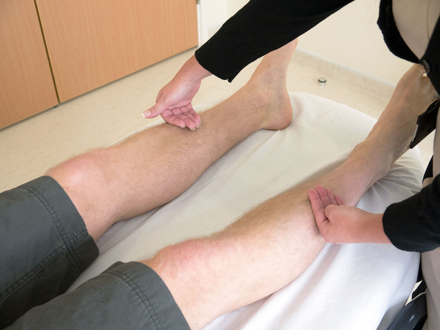 Assessment of the temperature of each leg