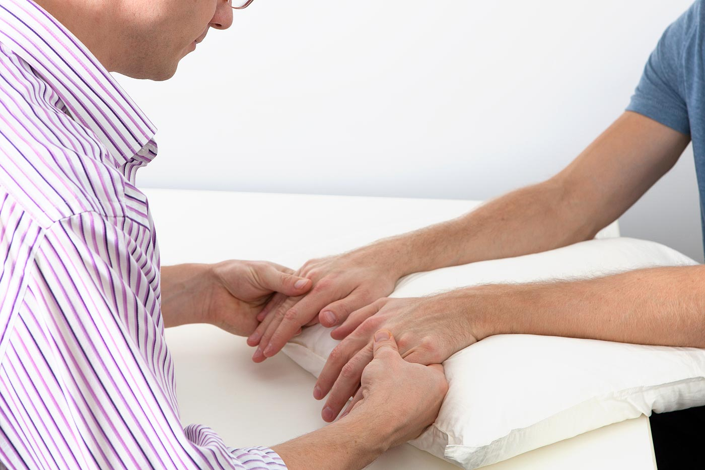 Inspect the patients hands
