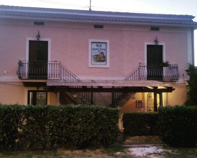 Facciata esterna Casale del Borgo
