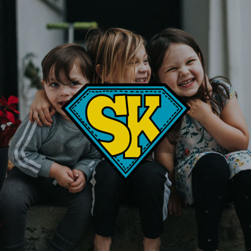 Unsere Kindergottesdienste am Sonntagmorgen sind für Superkids von 3 bis 11 Jahre! Triff deine Freunde, spiele spannende Spiele und lerne mehr über Jesus!