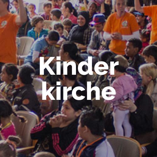 Die Kinderkirche Solingen organisiert großartige Feiern und Feste für Geflüchtete, die neu in Solingen angekommen sind.