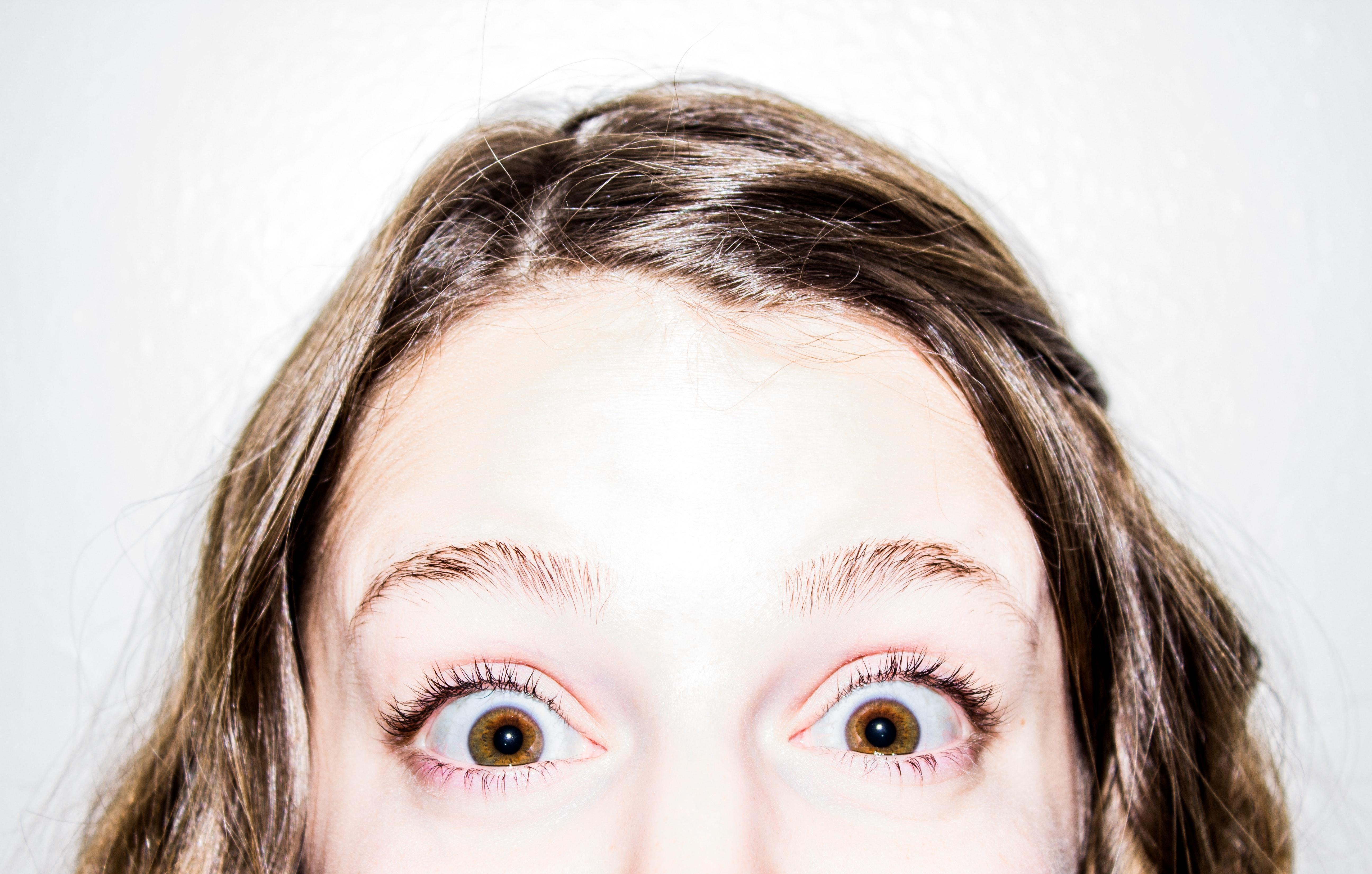 amazed-excited-eye-74472