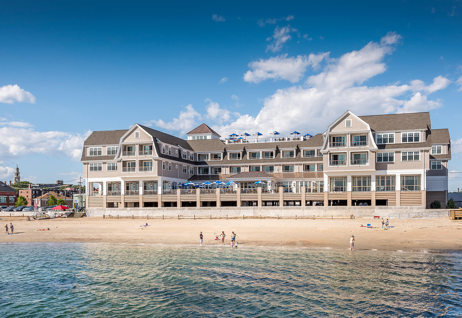 Photo of the Beauport Hotel with the beach in the foreground