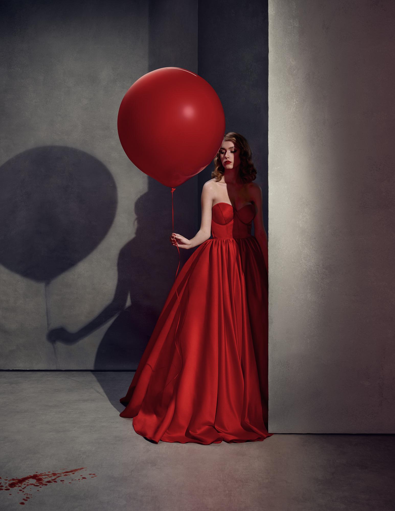Portrait in studio of Ilona Clement for a Profoto international campaign