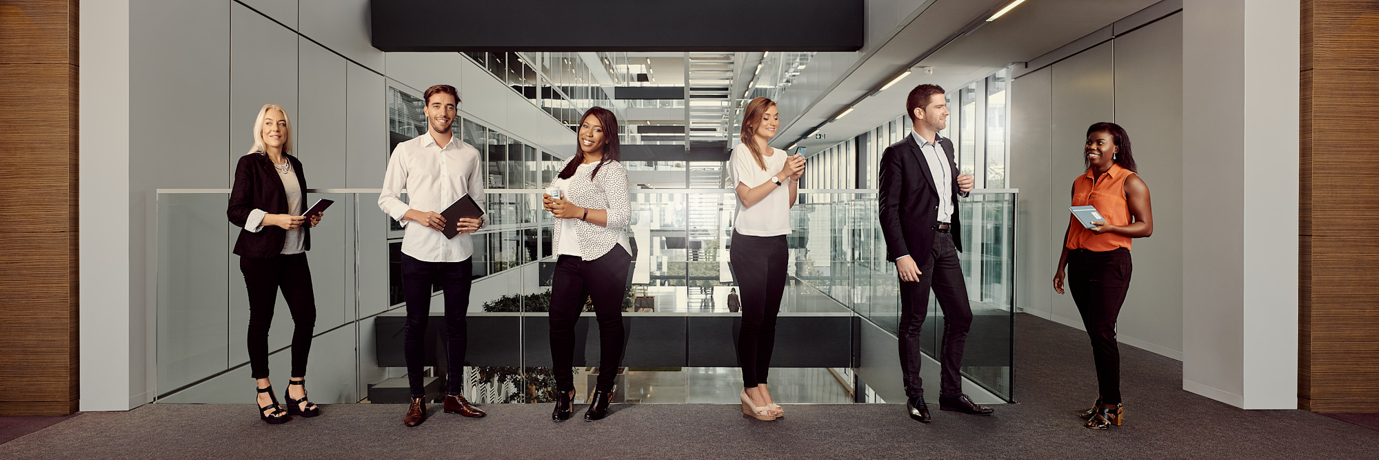 Portrait corporate in office for a Hello Bank internal campaign