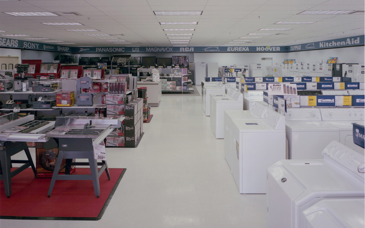 The standard corporate interior design helps link this store with other small town Sears stores across the country.