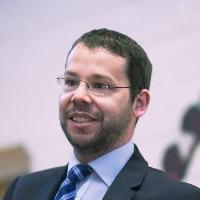 Dr Sebastien Chapleau