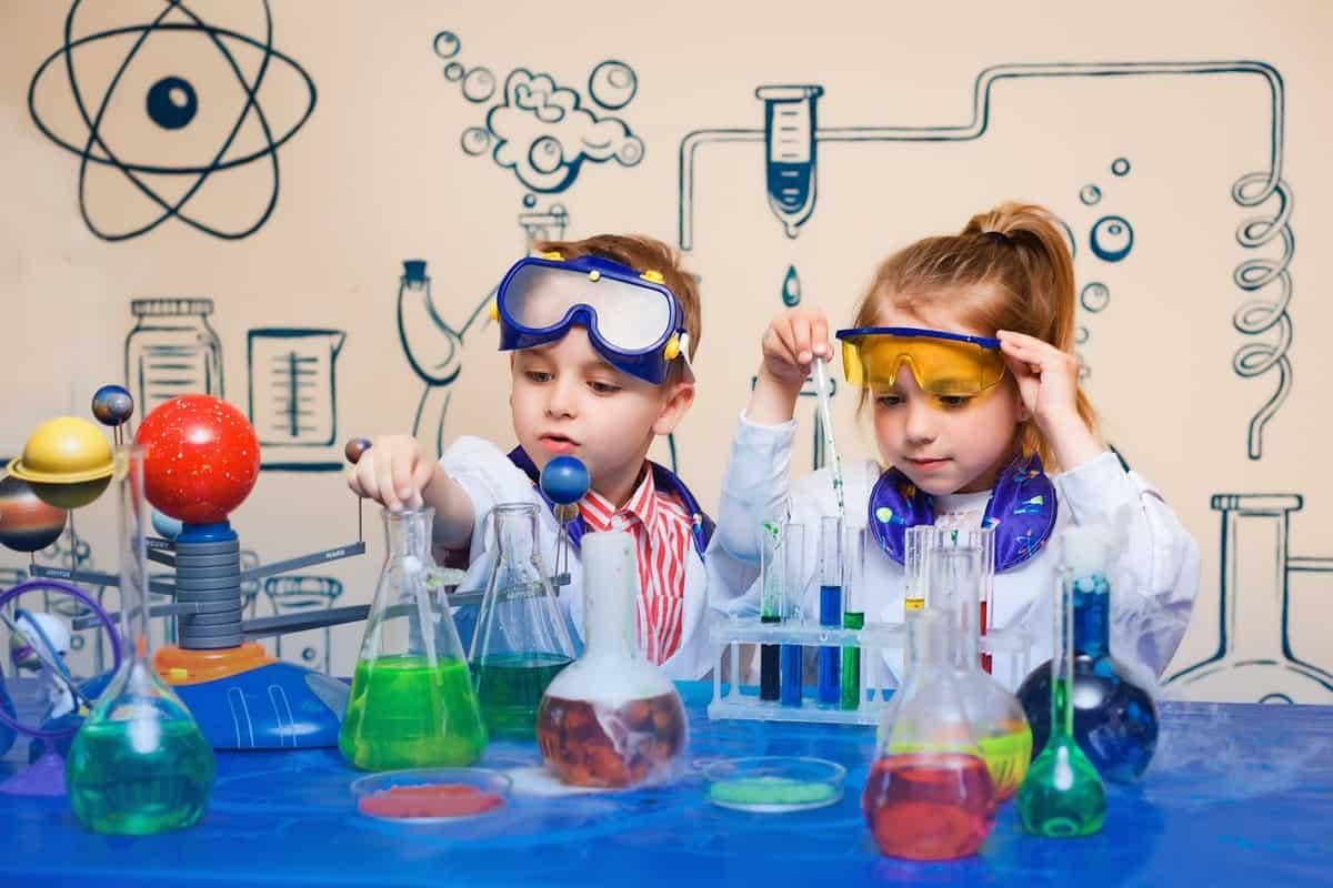 How we Teach Preschoolers STEM!