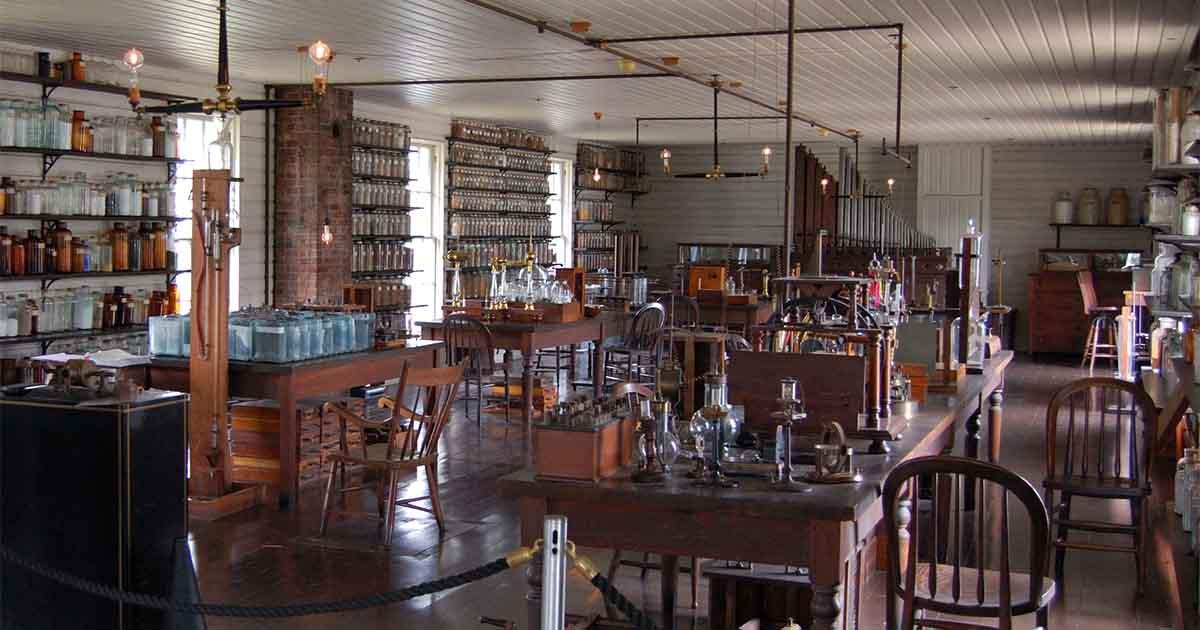 Thomas Edison and the Menlo Park collective