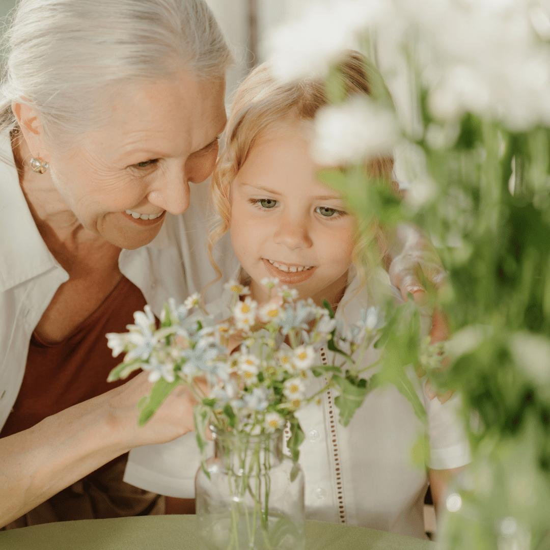 Grand mère et petite fille