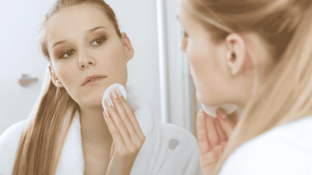 Limpeza Cuidados com a pele depois dos 20