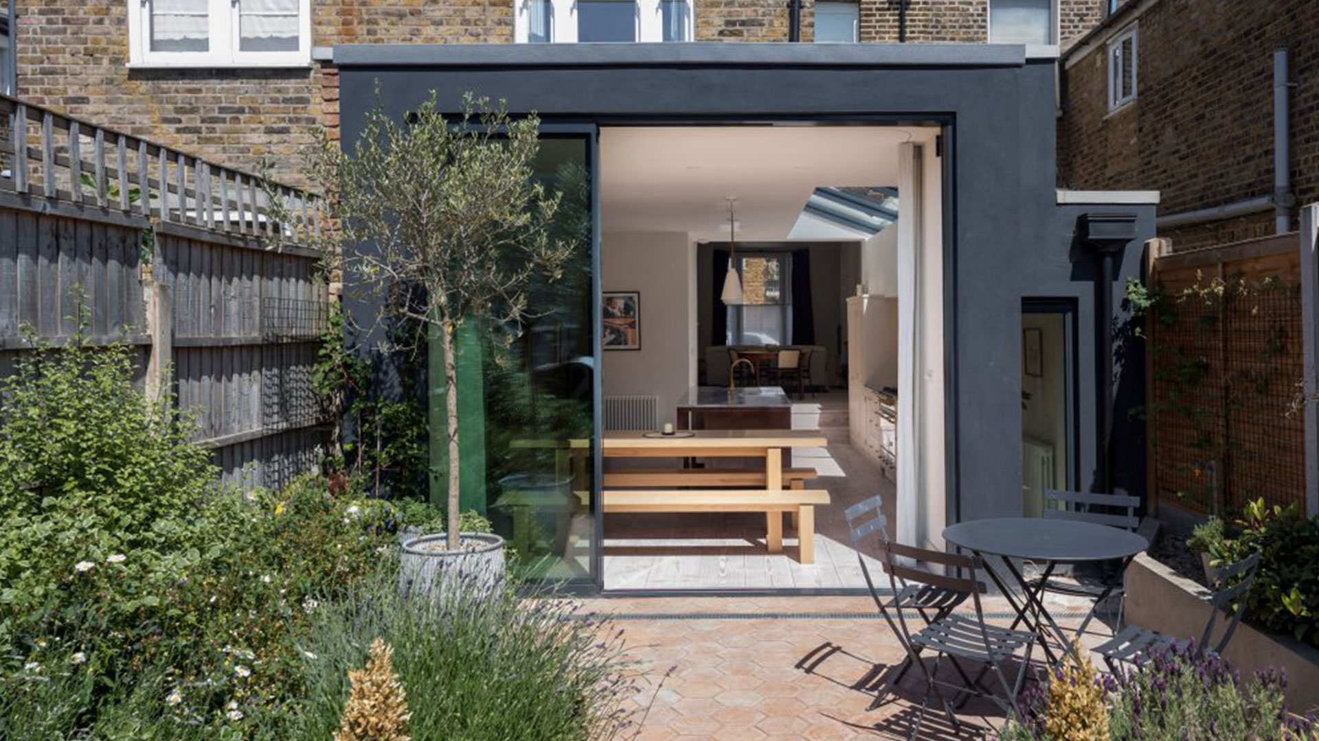 Providing building project quotation to client in Fulham