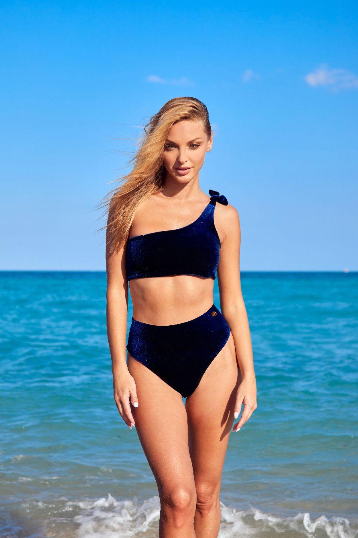 Blue Velvet high-waisted Capri Bikini
