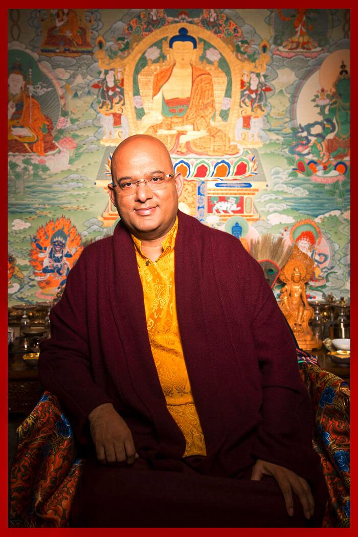 En diciembre de 2005 Choegon Rinpoche consagró la stupa de la iluminación ubicada en el Centro Otto en Bariloche.