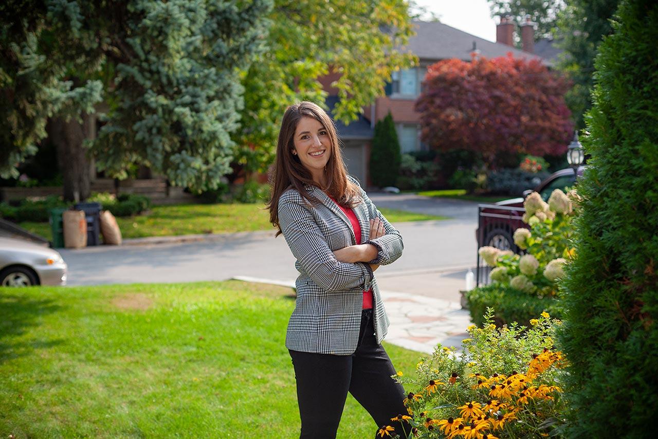 Zoe Share, Founder &CEOof Schmooz Media