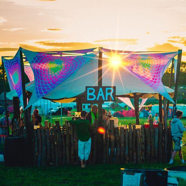 sustainable festival bar