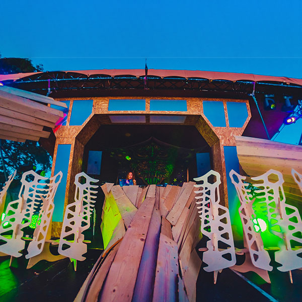 wooden psychadelic stage