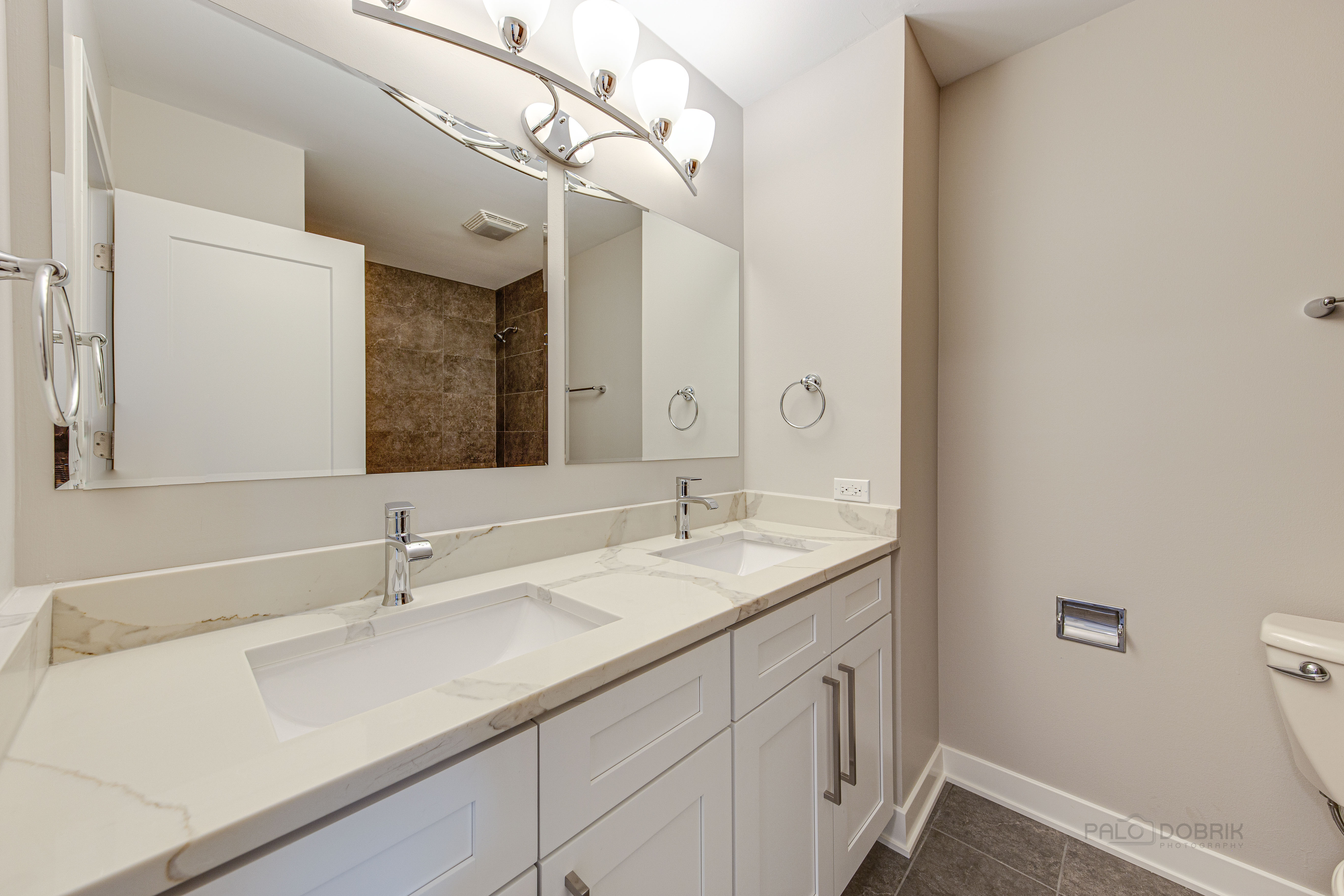 Bathroom Remodel in Lake Forest, IL - Platinum Touch Industries