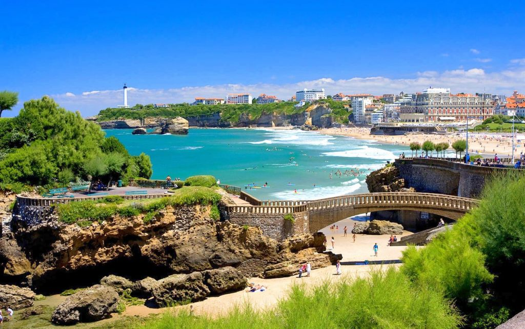 A panoramic view of Biarritz, Frabce, home to Horizons Abroad summer French immersion programs for high school students.