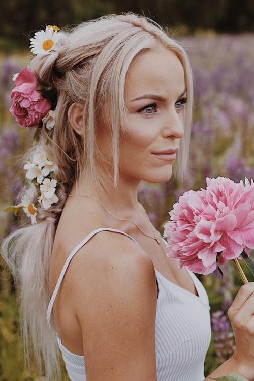 Håruppsättning blommor