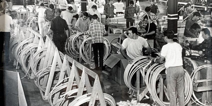 Hula Hoop manufacturing