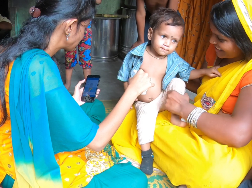 Feebris in action in with children in India.