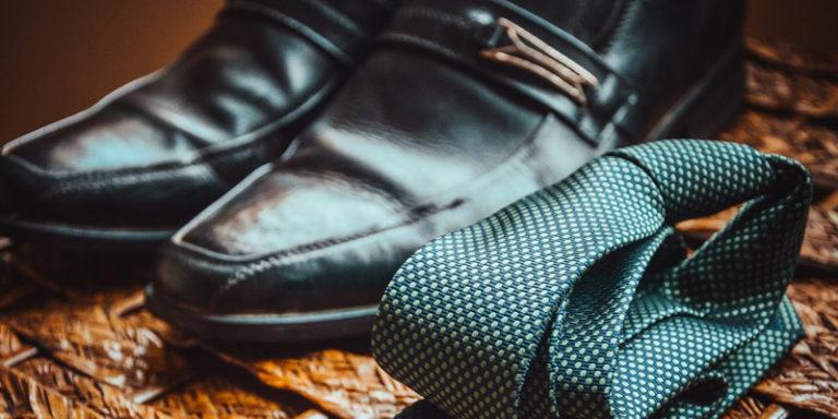 Sapato e gravata