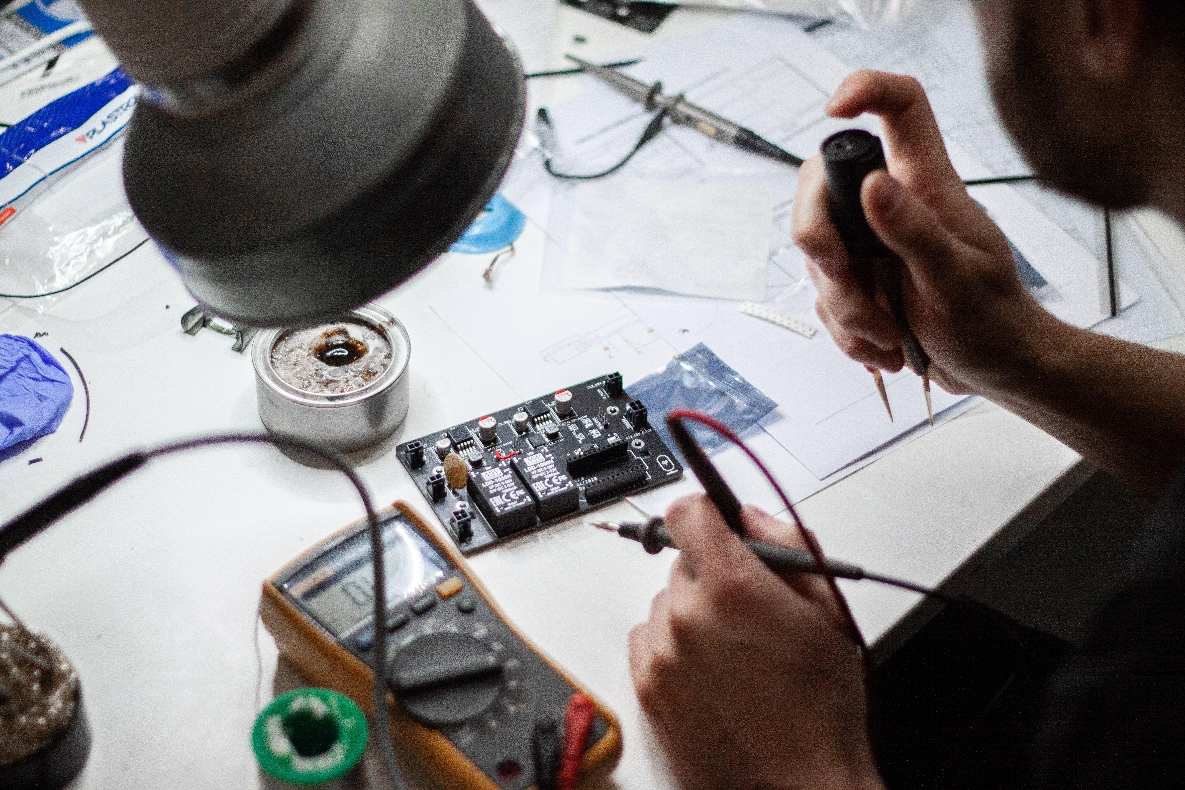 OIM electronics lab