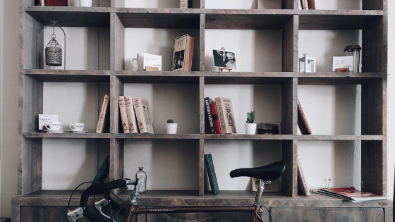 custom book shelf in home construction