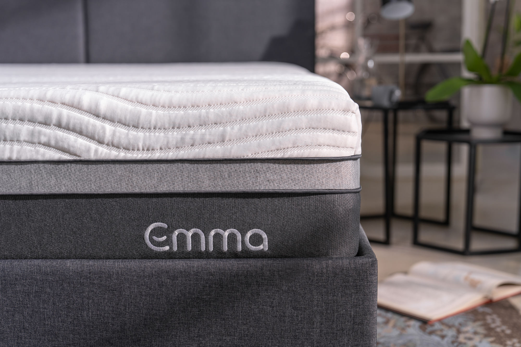 Image of an Emma mattress for the Emma Matratze Content Library.